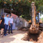 Alcalde Mello Castro inspeccionó avance de obras en HEAD CDV y dió inicio a pavimentación en Villa del Rosario